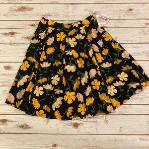 LuLaRoe Black Floral Madison Skirt Medium